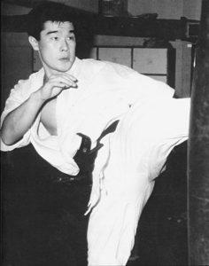 Масуда Акира родился 22 мая 1962 г. в городе Канадзава (префектура Исикава)