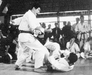 На 15-м чемпионате страны (12-13 ноября 1983 г.) Масуда поднялся уже до 5-го места, обойдя своего сэмпая Мидзугути и завоевав право выступить на III чемпионате мира