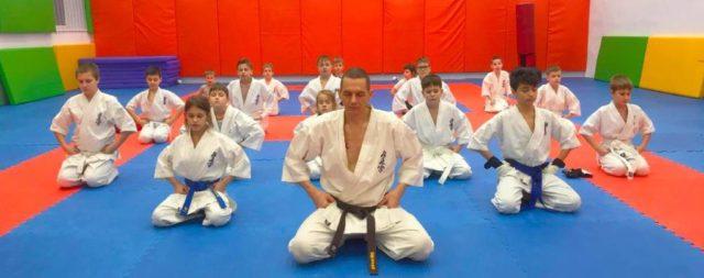 Клуб «Тэнгу Про» Подготовка бойца проводит тренировки детей от 4 лет и старше, включая Взрослых