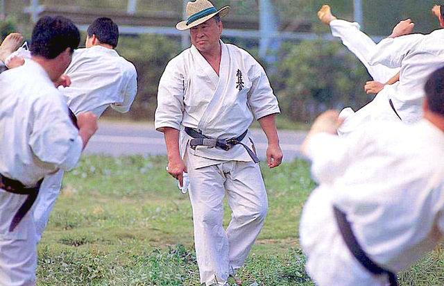 The Kyokushin Way: Mas. Oyama's Karate Philosophy - Первые шаги в поисках истины