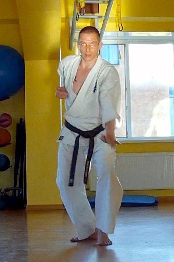 Руководитель Клуба «Тэнгу Про» Самооборона и Подготовка бойца Кёкусинкай карате Бабенко Виталий Геннадьевич