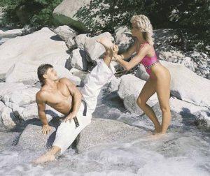 С Илоной Энди познакомился тёплым летом 1987 года