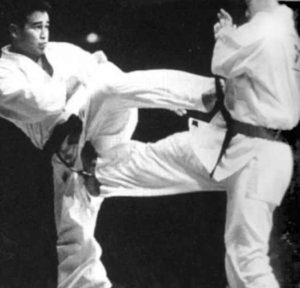 На V чемпионате мира Куросава Хироки в полуфинале уступил Мидори Кэндзи, будущему чемпиону. Мидори тогда разбил хрустальную мечту Куросавы – завоевать мировое «золото»