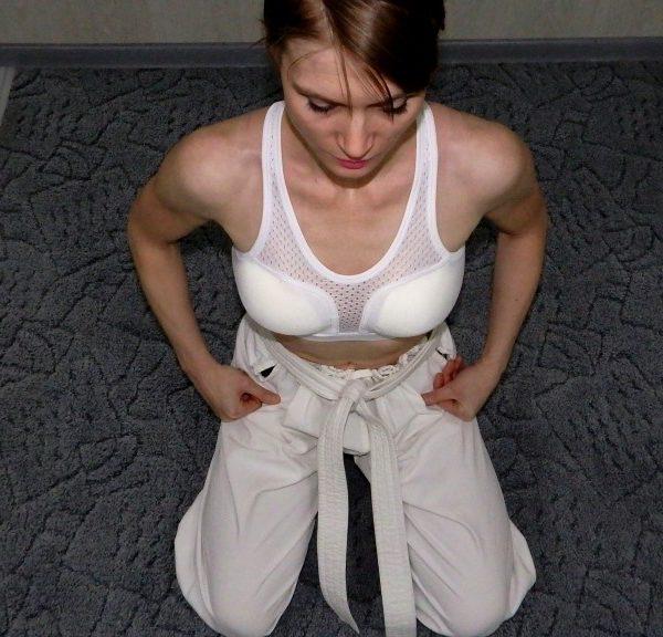 Защита груди женская