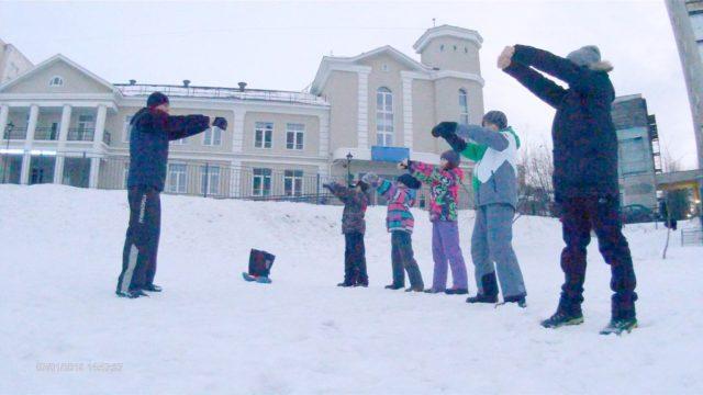 Тренировки Кёкусинкай Карате на улице зимой