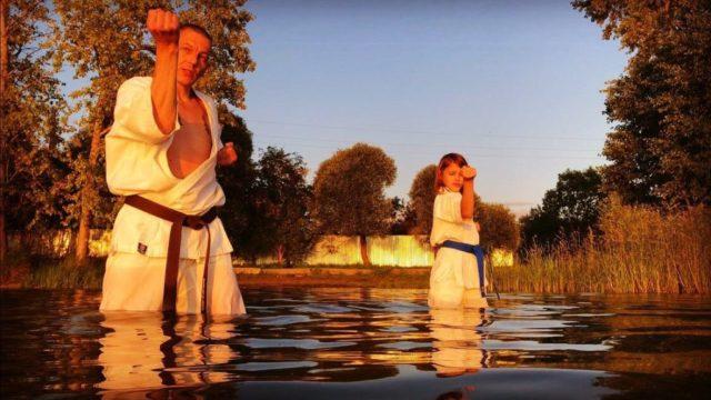 Тренировка на закате. Занятия кихоном – это трудная, кропотливая, но в то же время полезная и интереснейшая работа