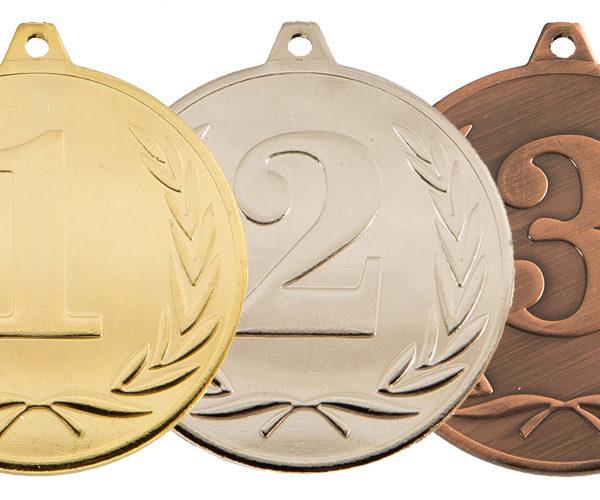 У нас вы можете купить Медали из материалов высочайшего качества оригинального дизайна с Российской символикой для ваших соревнований, турниров, мероприятий. Отличный вариант отметить ваших победителей, лидеров, лучших спортсменов. Оригинальный дизайн сделает ваше награждение единственным и неповторимым а событие незабываемым Вид: Золото, Серебро, Бронза Размер: Ø 37 мм Лента в стоимость не входит Сотрудничаем с секциями, клубами, федерациями, спорткомитетами, центрами спорт подготовки, школами, ассоциациями